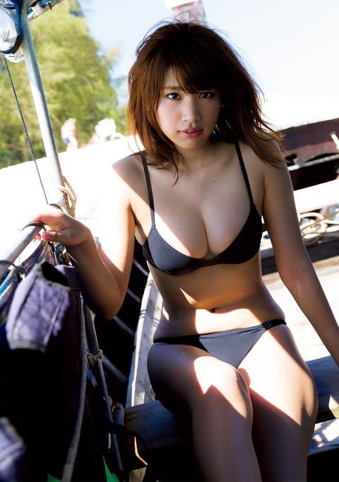 久松郁実ちゃんのおっぱいに挟まれたい